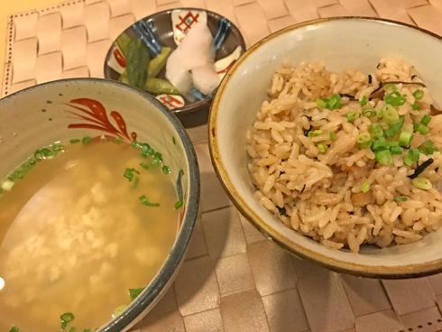 ゆし豆腐とじゅーしー