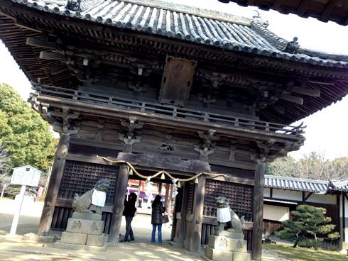 住吉神社の門