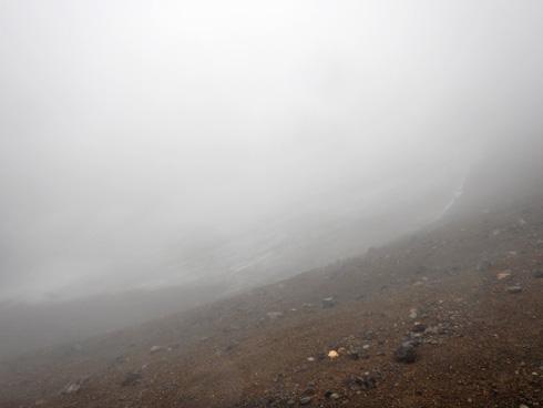 旭岳東側の雪渓