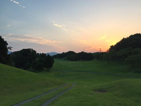 朝焼けのゴルフ場は気持ちイイ!