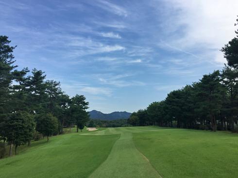 秋晴れの高室池ゴルフ倶楽部