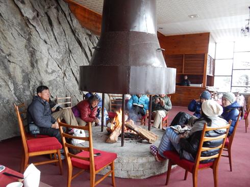 食堂の暖炉